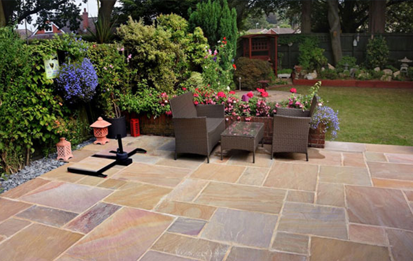 Broadstone Garden Paving Case Study