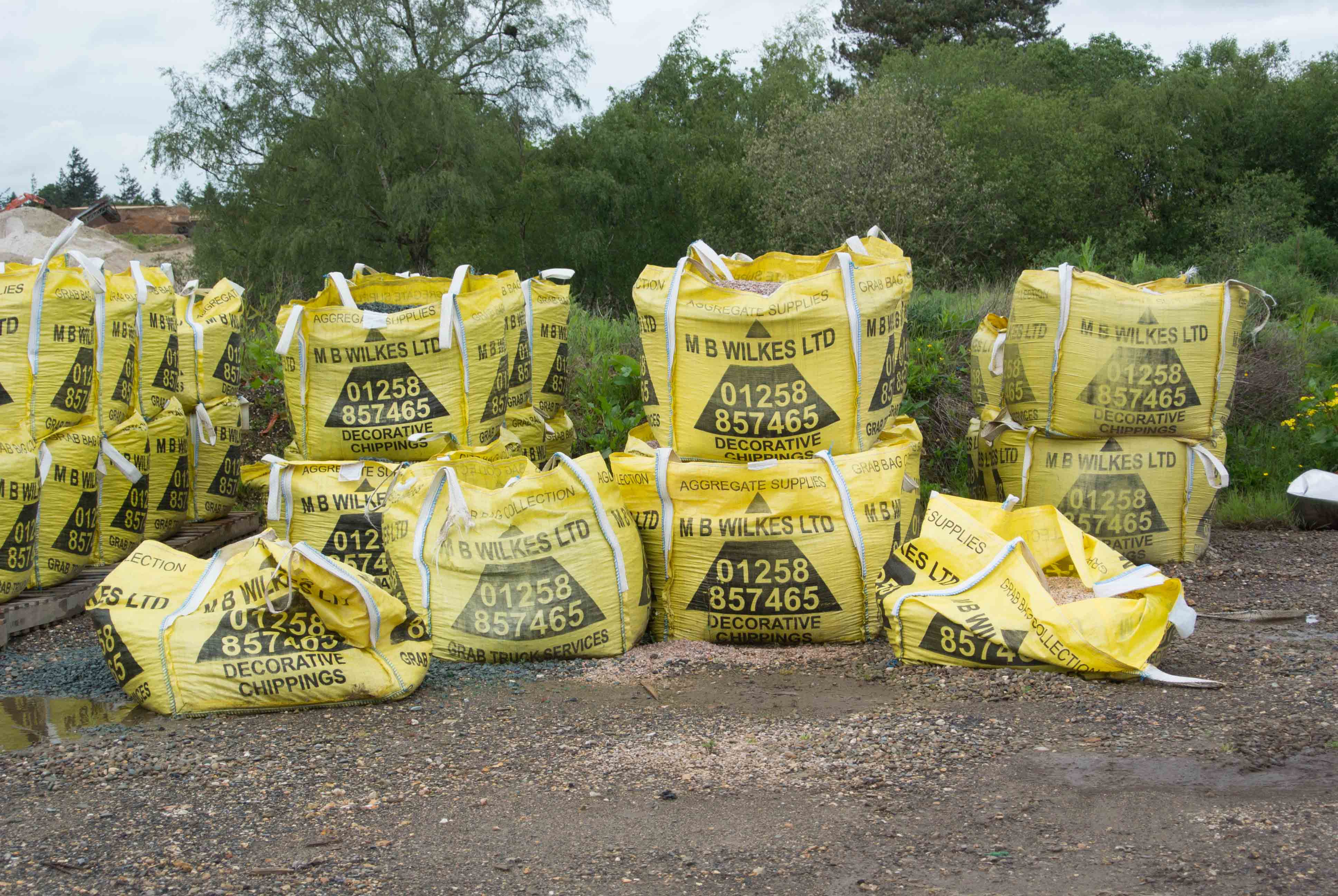 soil delivery in bulk bags mb wilkes dorset and hampshire